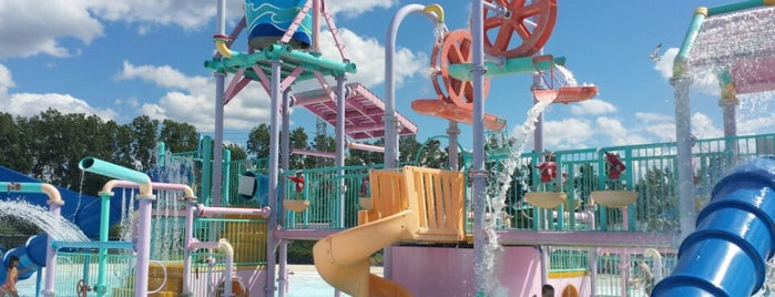 Red Oaks Waterpark is one of Fun Go-to-Spots.