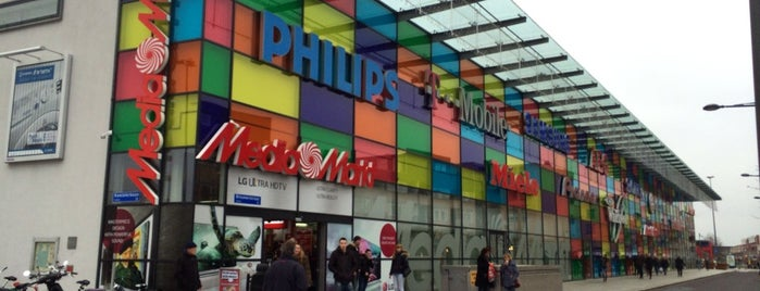 Media Markt is one of Places to go in Almere stad.