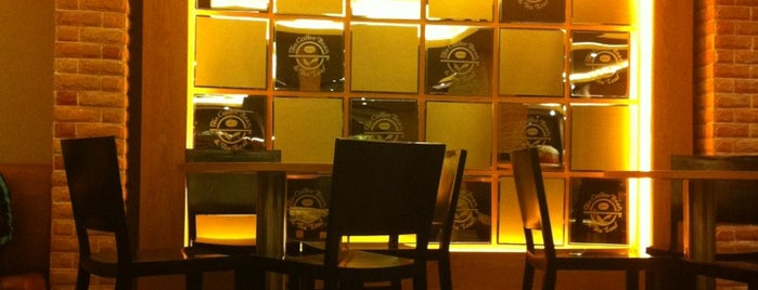 The Coffee Bean & Tea Leaf is one of Must-visit Coffee Shops in Ho Chi Minh City.