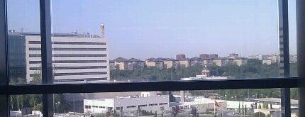 Hospital Universitario 12 de Octubre is one of Hospitales de Madrid.
