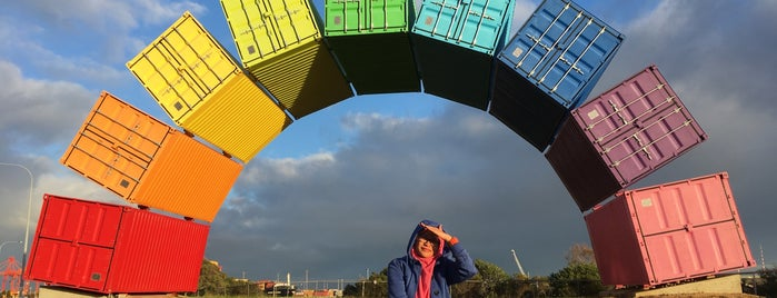Rainbow Container is one of Around The World: SW Pacific.