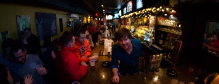 Pints Bar & Grill is one of Best Places for Craft Beer.