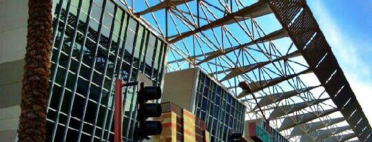 Phoenix Convention Center is one of Landmarks of Interest for J-Students.