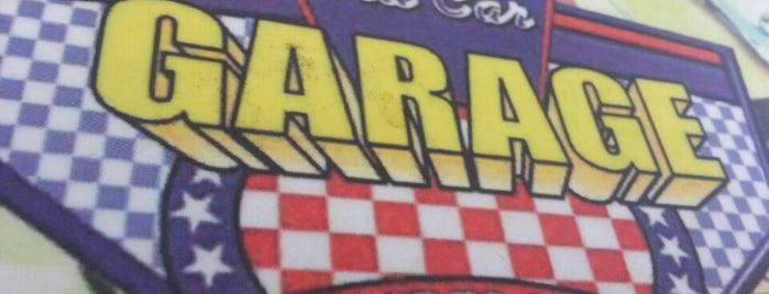 Old Car Garage is one of Mekanlar.