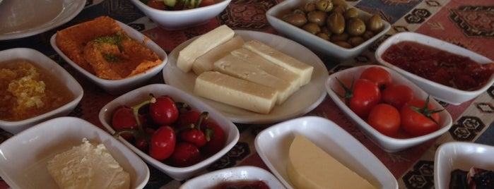 antikköy kahvaltı evi is one of Orhan.