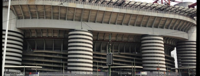 """Stadio San Siro """"Giuseppe Meazza"""" is one of Milan(o) the BEST! = Peter's Fav's."""