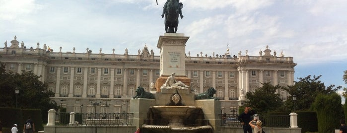 Royal Palace of Madrid is one of Madri, Espanha.