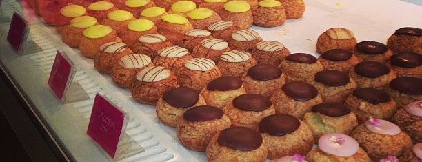 Popelini is one of Pastries, Bread and Cheese in Paris.