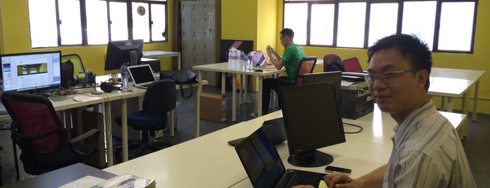 Startup Commune is one of Cowork Spaces in HK.