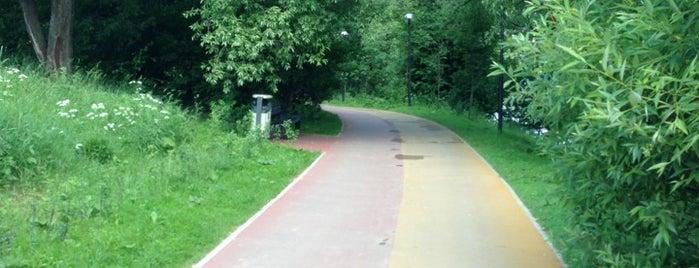 Парк «Северное Тушино» is one of Сады и парки Москвы.