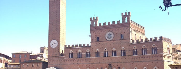Siena is one of Toscana.