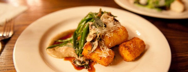 HauteDish is one of Out-of-Towners' Guide to Minneapolis - 2015.