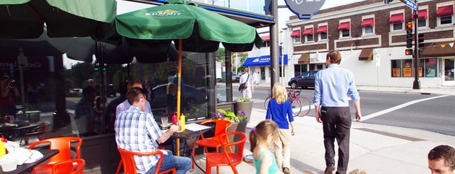 Nighthawks is one of Out-of-Towners' Guide to Minneapolis - 2015.