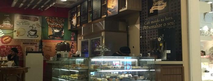 Café Armazém is one of Pelotas.
