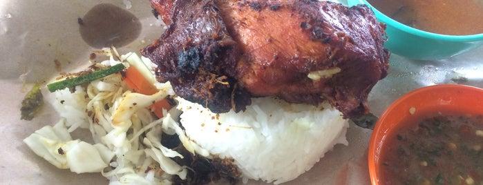 ZnQ Nasi Kukus Ayam Berempah is one of Makan @ Melaka/N9/Johor #15.