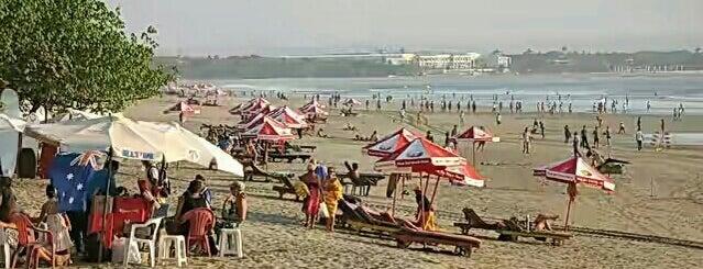Pantai kuta bali is one of holiday.