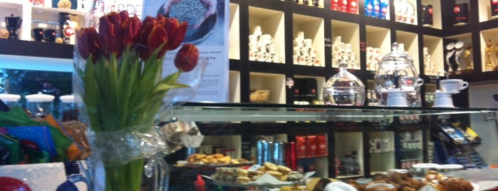 The Coffee Box is one of Riccione.