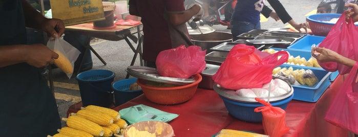 Pasar Malam Taman Ikan Emas is one of makan @ KL #16.