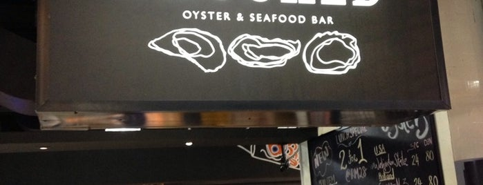 Shucked Oyster & Seafood Bar is one of Seafood/ General Chinese Restaurant.