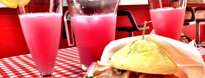 Rocket Café is one of Tenerifeando.....