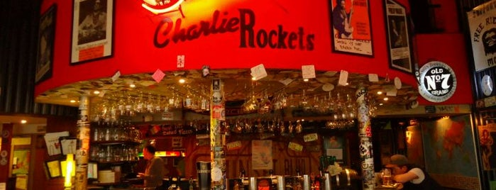 Charlie Rockets is one of Para no olvidar.