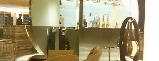Mercury Lounge is one of Top Restaurants in Dubai.