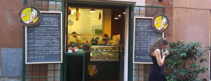 Pasta Imperiale is one of street food a Roma by streatit.com.