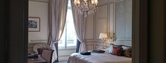 Le Meurice is one of I Want Somewhere: Hotels & Resorts.