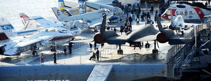 Intrepid Sea, Air & Space Museum is one of USA Trip 2013 - New York.
