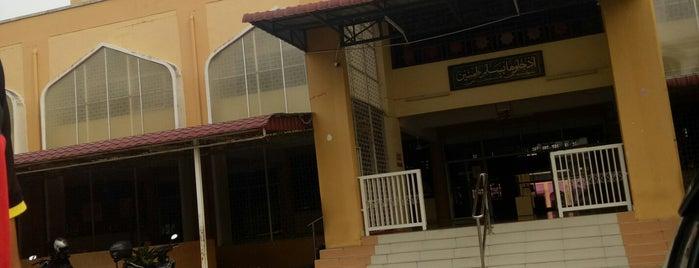 Masjid Bandar Baru Sungai Buloh is one of masjid.