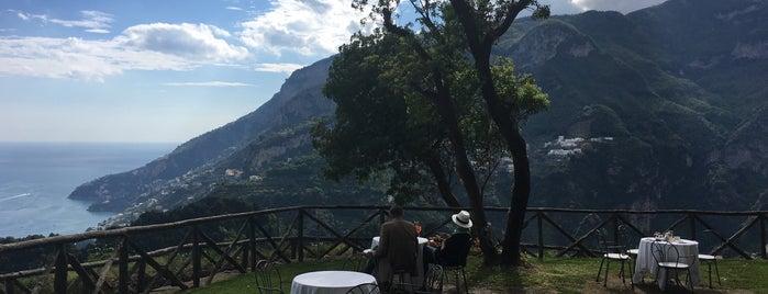 Terrazza panoramica di Villa Cimbrone is one of Napoli.