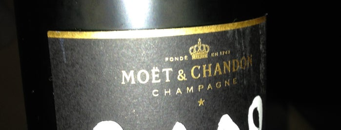 The Bar & The Restaurant by Moët & Chandon is one of Food 1.