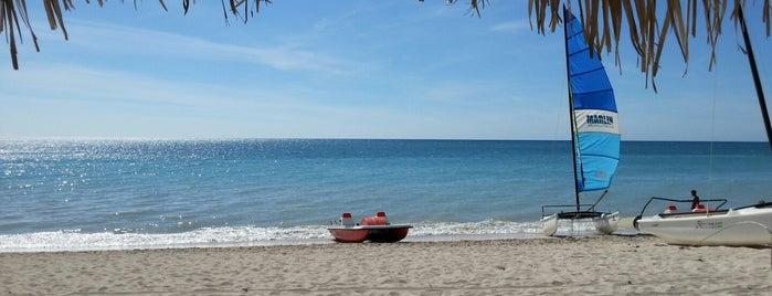 Playa Ancón is one of Kuba.