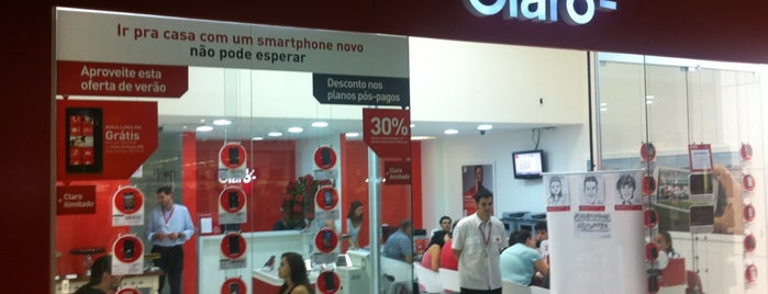 Claro is one of Beiramar Shopping.