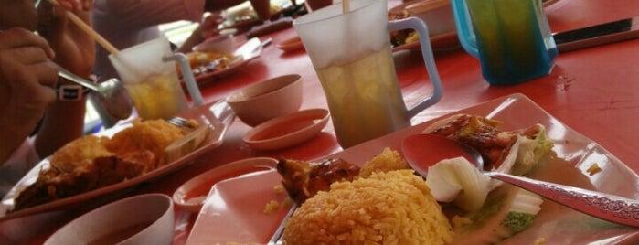 Restoran Ashraf's Cafe, Polymall is one of 20 kodai makan den suko.
