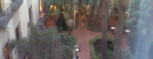 Hotel Serhs Rivoli Rambla is one of Terrazas Barcelona.