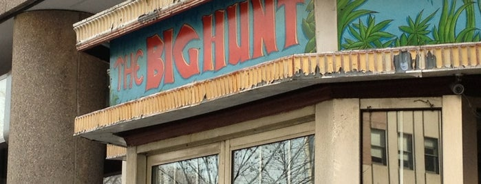 The Big Hunt is one of Local Redskins Rally Bars.