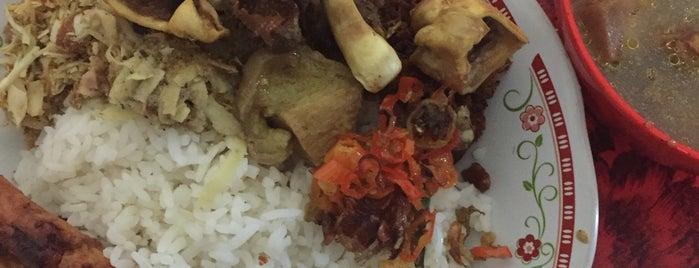 "Warung Nasi Lawar  &  Be Genyol Lenjus is one of Bali ""Jaan"" Culinary."