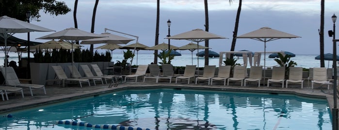 Poolside at Moana Surfrider is one of Places I been to before in my life.