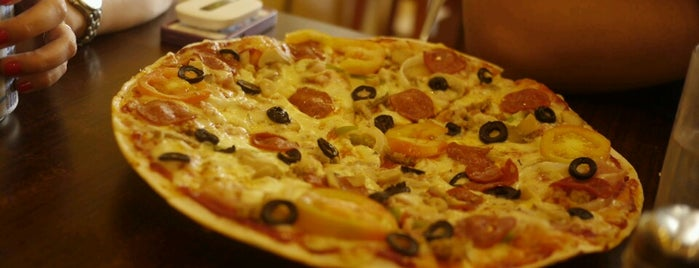 Handuraw Pizza is one of Parañaque City.