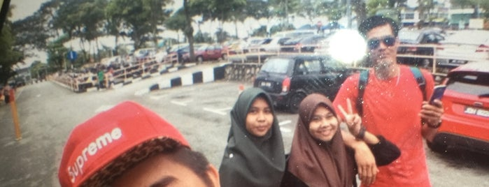 Nasi Kandar & Masakan Kampung is one of Makan @ Melaka/N9/Johor #15.