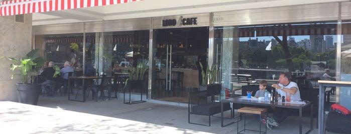 LOBO CAFE is one of Sitios Favoritos.