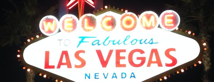 Welcome To Fabulous Las Vegas Sign is one of How to Vegas.