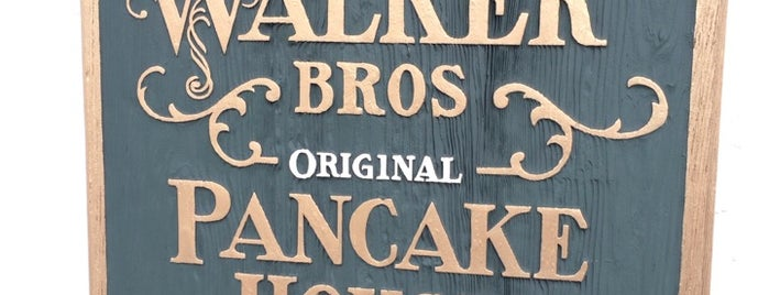 Walker Bros The Original Pancake House is one of Chicago best & deals.