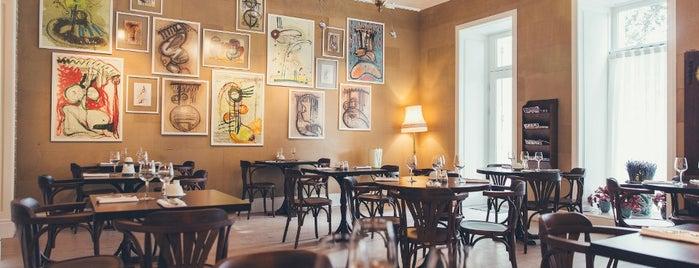 Bisque Cafe is one of Лучшие Кафе & Рестораны в Баку!.