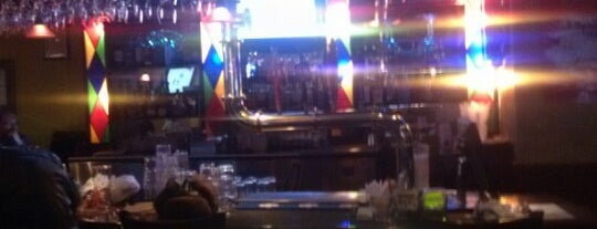 Moose Bar & Grill is one of Bar<3.