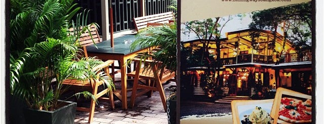 Hemingway's Bangkok is one of Great food in Bangkok.