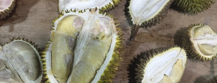 Durian Buffet @ Bukit Tinggi Klang is one of Makan Time..