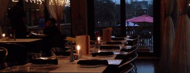Carpe Diem Cafe & Bistro is one of To Do Restaurants.