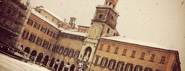 Piazza Grande is one of Mia Italia |Toscana, Emilia-Romagna|.